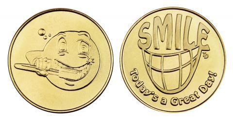 Brushing Emoji_Smile stock brass token